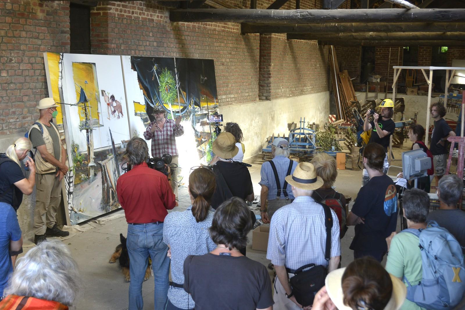 Noch befindet sich das Gemälde im Scheunen-Atelier in Eckhardt Heukamps Hofgut.